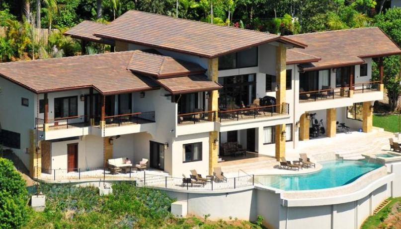 pros of luxury homes